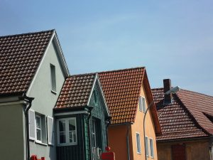 Keep Your Home Safe with the Help of Specialist Roofers